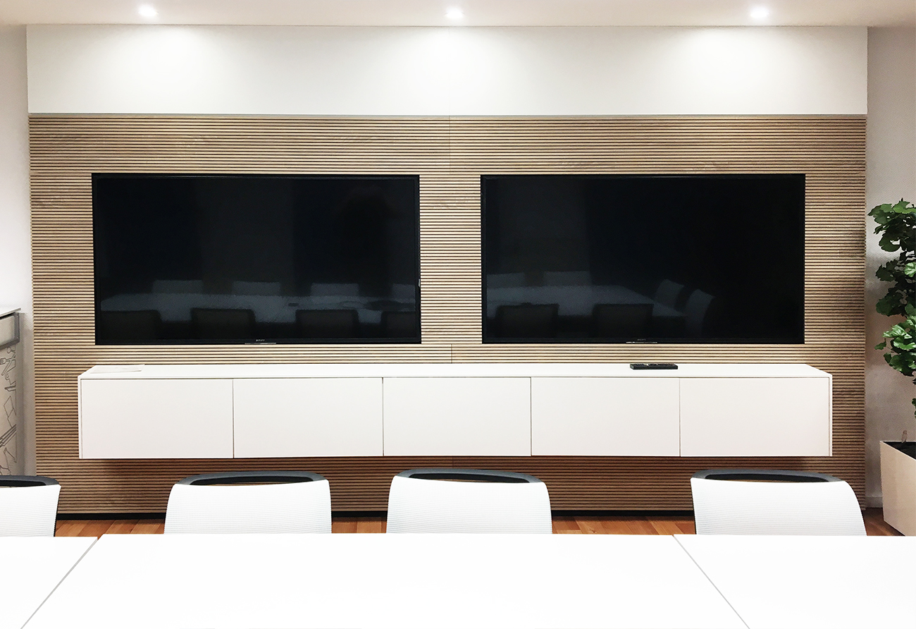 Konferenzraum Display Bildschirm TV Innenarchitektur Leipzig